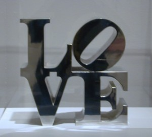 Photo of LOVE sculpture in the Milwaukee County Museum