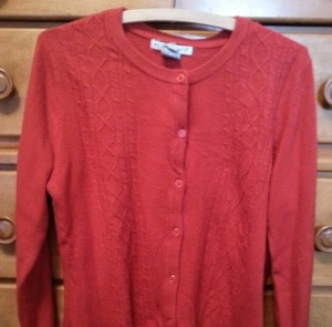Red-Sweater-Lynette-Wilson-Juul - Web