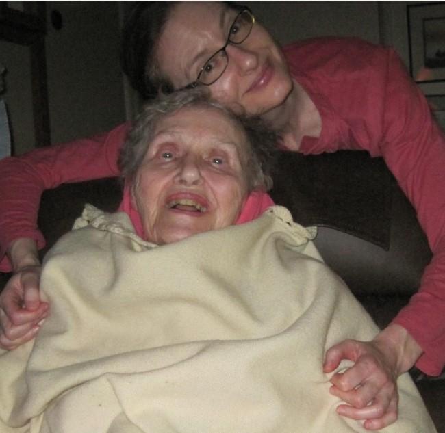 Louise Fusfeld and her mom, Tabinkers